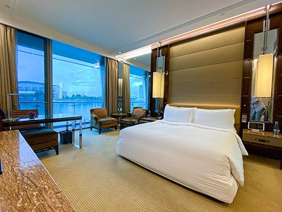The Fullerton Bay Hotel Bay View Room