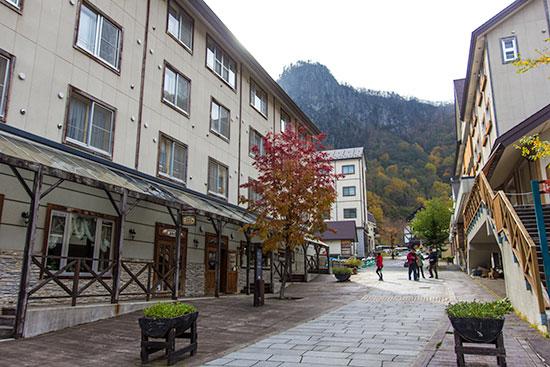 Hokkaido Autumn Guide Sounkyo Onsen Town