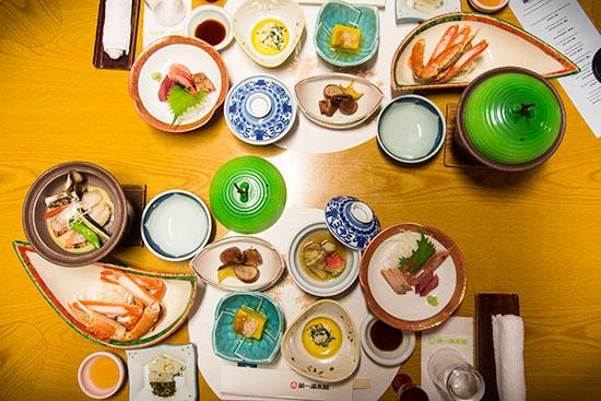 Hokkaido Autumn Guide Noboribetsu Dai-Ichi Takimotokan Dinner