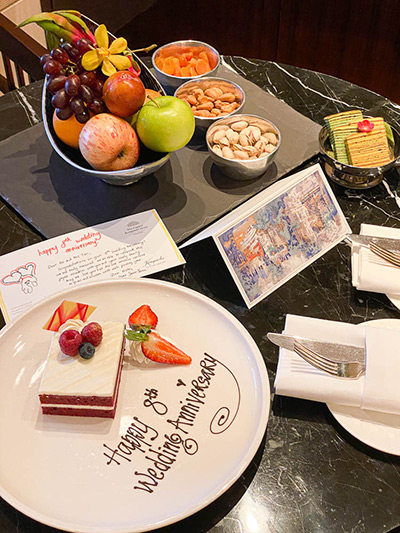 The Capitol Kempinski Hotel Singapore Welcome Gift