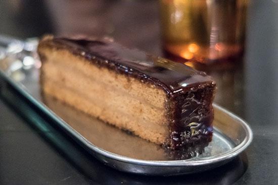 Sinpopo Brand Gula Melaka Cake
