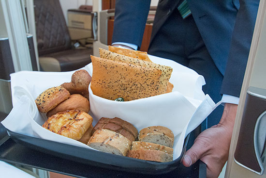 Singapore Airlines Suites SQ12 SIN-NRT Bread Basket