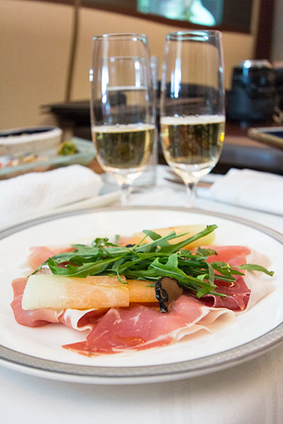 Singapore Airlines Suites SQ12 SIN-NRT Parma Ham