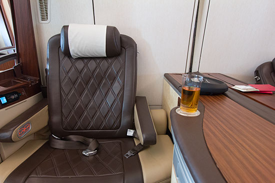 Singapore Airlines Suites SQ12 SIN-NRT Seat