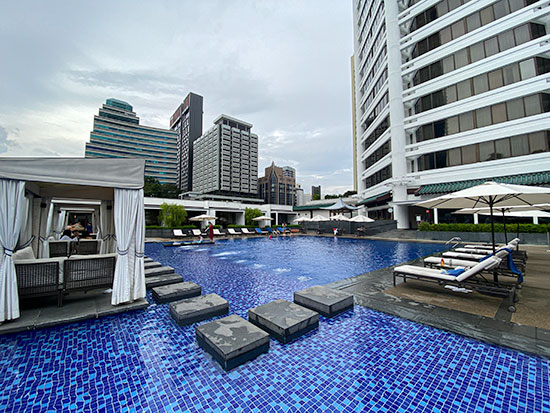 Singapore Marriott Tang Plaza Hotel Pool