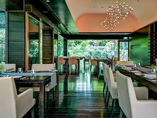 Tangerine Resorts World Sentosa Thai Fusion Fine Dining