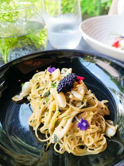 Tangerine Resorts World Sentosa Thai Fusion Fine Dining Bamboo Clam and Angel Hair Pasta